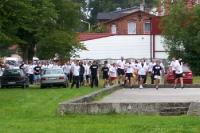 Wielim Szczecinek auf dem Weg zum Käfig in Sianow