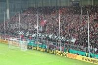 RWE-Banner: Hart treten - Hertha schlagen