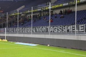 Banner: KFC Fans gegen Montagsspiele
