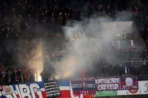 Pyro KFC Uerdingen Heimspiel gegen Rostock