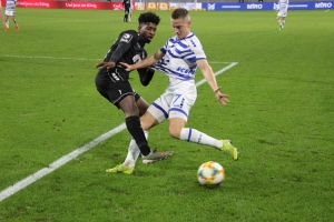 Spielfotos: KFC Uerdingen in Duisburg 04-11-2019