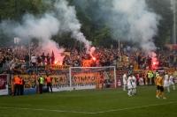 Ultras und Fans von Dynamo Dresden zünden Pyrotechnik beim SV Babelsberg 03