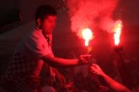Pyrotechnik bei der EM 2012: Kroatische Fans zünden Bengalos in der Altstadt von Poznan
