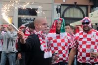Kroatische Fußballfans zünden Pyrotechnik, Euro 2012
