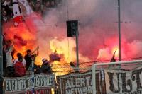 Mächtig Rauch im Gästeblock des Karli, Testspiel gegen St. Pauli