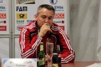 Peter Pacult, Trainer von RB Leipzig, auf der Pressekonferenz