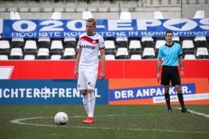 Dennis Grote Rot-Weiss Essen vs. FC Wegberg Beek Spielfotos 19-12-2020