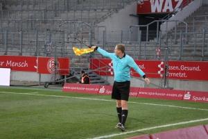 Rot-Weiss Essen vs. FC Wegberg Beek Spielfotos 19-12-2020