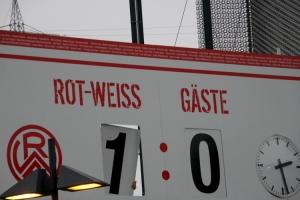 Anzeigentafel Stadion Essen Rot-Weiss Essen vs. Bergisch Gladbach 11-04-2021 Spielszenen