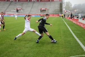 Jan Neuwirt Rot-Weiss Essen vs. Bergisch Gladbach 11-04-2021 Spielszenen