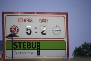 Anzeigentafel Rot-Weiss Essen vs. Sportfreunde Lotte 27-05-2021 Spielszenen