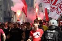 Final-Marsch RWE Fans, Ultras, Hooligans vor Spiel gegen WSV 2016