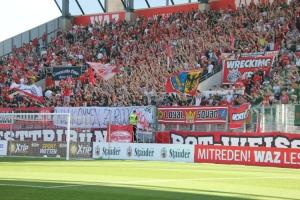 Rot Weiss Essen Support gegen Vik Köln