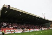 RWE Fans zünden Pyro beim KFC Uerdingen