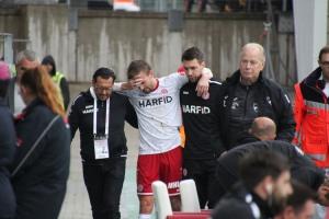 RWE Spieler David Sauerland verletzt