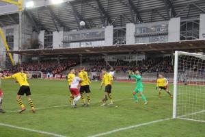 Spielfotos RWE in Dortmund 2019