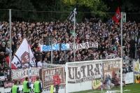 Spruchbänder im Block des FC St. Pauli in Babelsberg
