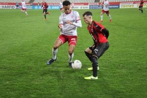 Ayo Adetula Rot-Weiss Essen gegen Lippstadt 28-02-2020