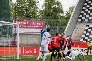 Rot-Weiss Essen vs. SV Lippstadt 02-05-2021 Spielszenen