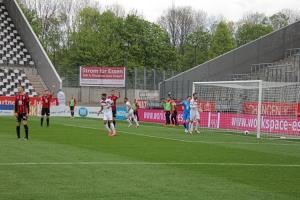 Oguzhan Kefkir Rot-Weiss Essen vs. SV Lippstadt 02-05-2021 Spielszenen