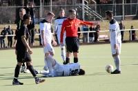 Verletzt auf dem Boden, Tennis Borussia Berlin zu Gast beim Berliner SC