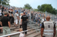 Neustrelitzer Ordner werfen einen Blick auf Jena-Fans