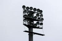 Flutlicht im Städtischen Stadion an der Grünwalder Straße