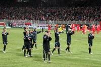 Mannschaft des TSV 1860 München feiert den 1:0-Auswärtssieg beim 1. FC Union Berlin, 24.02.2012