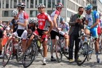 Sportdirektor Erik Zabel beim Start des ProRace Berlin 2011