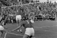 Volleyball im Cantianstadion, Ostberlin 1952