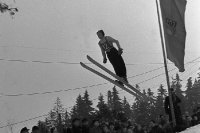 Skisprung in Oberhof, Thüringer Wald, DDR, 1952