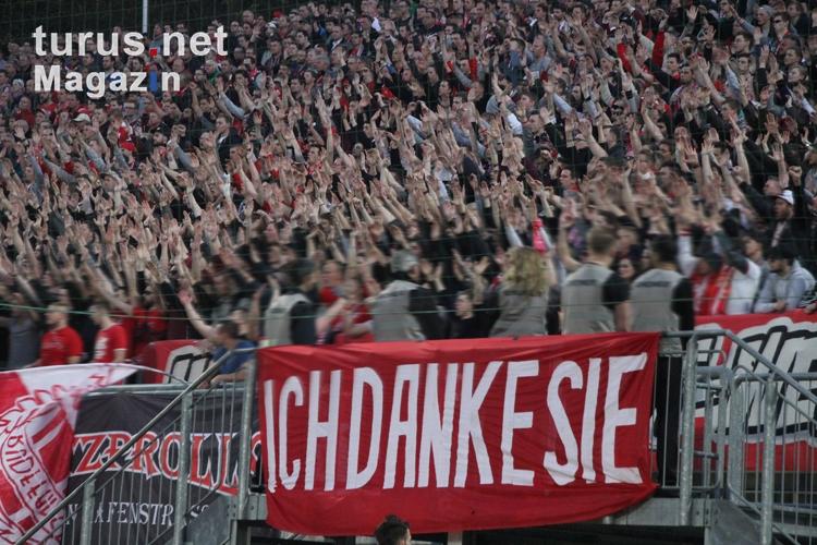 Foto: Support RWE Fans in Wuppertal 2017 - Bilder von Rot ...
