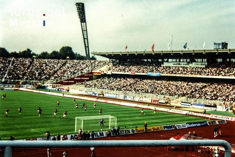 Foto: altes Volksparkstadion in Hamburg - Bilder von Alte ...