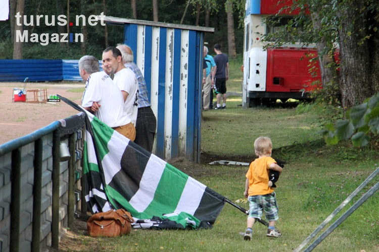 Fans des FV Preussen Eberswalde in Petershagen