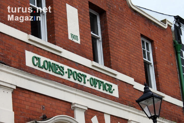 Das Clones Post Office in Irland