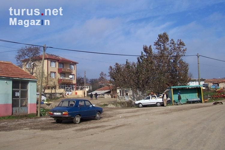 Foto: Willkommen in der türkischen Ortschaft Vaysal ...