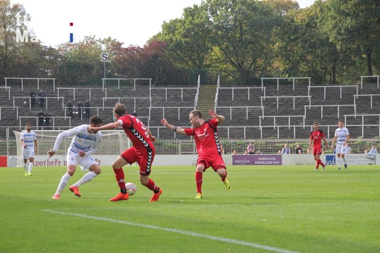 Foto: Spielszenen KFC Uerdingen gegen Duisburg ...