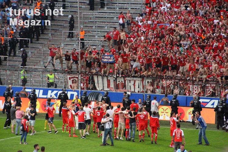 Ssv Jahn Regensburg Vs Bayern München
