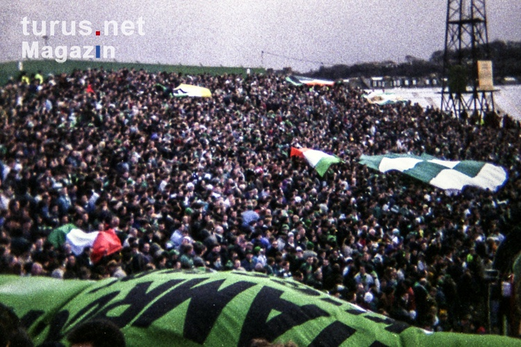 Celtic Fans in Edinburgh (1994)