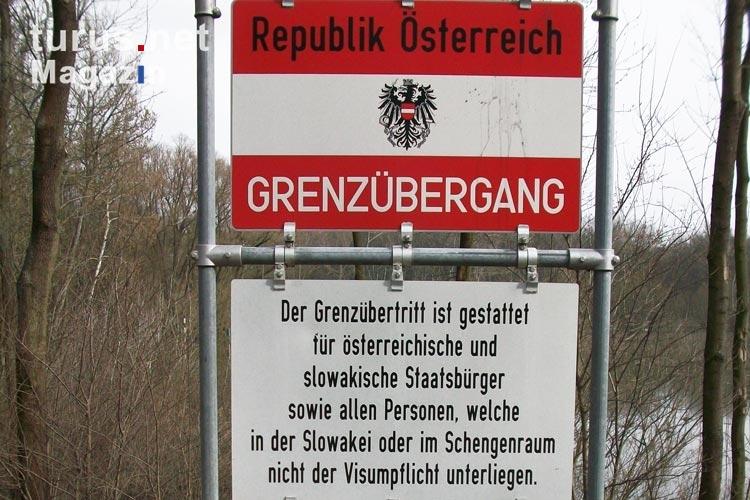 Foto: Willkommen in Österreich (Grenzübergang zur Slowakei) - Bilder von Österreich - turus.net ...
