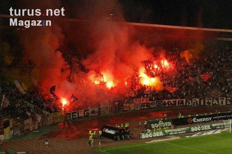 Foto: Roter Stern Belgrad vs  Spartak Subotica - Bilder von