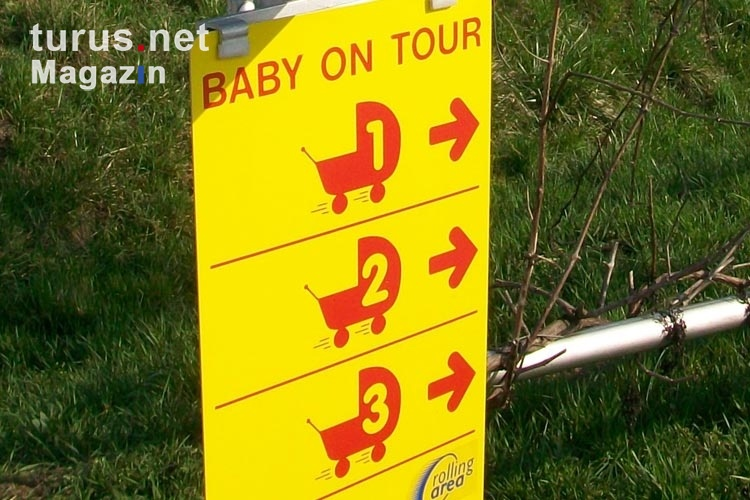 Baby on tour - rolling area ...