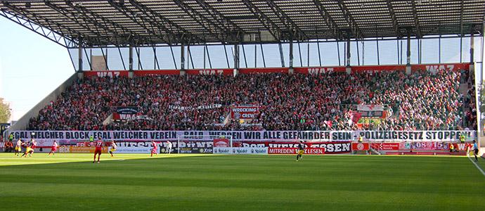 9931-essen-vs-aachen-durchhaenger-bei-rwe-lauf-der-alemannia-und-polizeigesetz-protest-87-1538325730.jpg