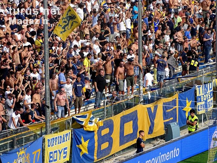 parma_calcio_1913_vs_cagliari_calcio_20180927_1812083493.jpg