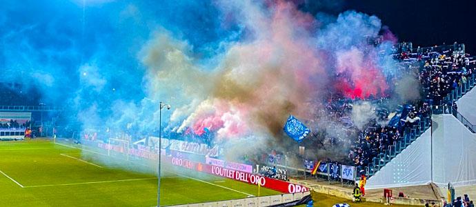 10516-brescia-calcio-gegen-ac-milan-der-vorletzte-der-serie-a-gegen-zlatan-ibrahimovic-30-1579986341.jpg
