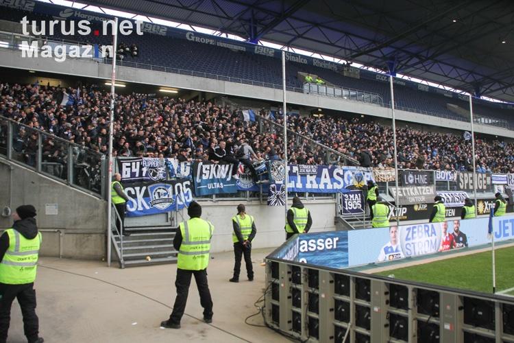 fans_und_ultras_arminia_bielefeld_in_duisburg_20180210_1252269721.jpg