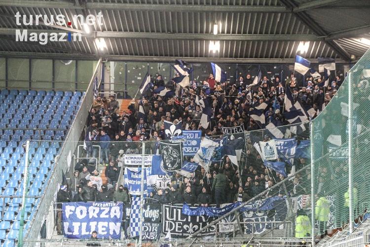 fans_von_darmstadt_98_in_bochum_20180210_1543661920.jpg