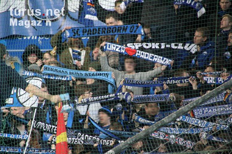 support_ultras_fans_paderborn_in_bochum_2015_20151211_1997451726.jpg