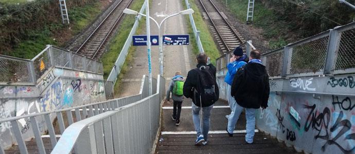 10443-hansa-rostock-ii-vs-sp-vg-blau-weiss-90-berlin-respektvoller-umgang-im-volksstadion-32-1573477068.jpg