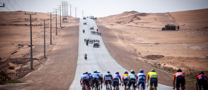 10534-ab-durch-die-arabische-wueste-phil-bauhaus-gewinnt-die-saudi-tour-2020-22-1582097032.jpg
